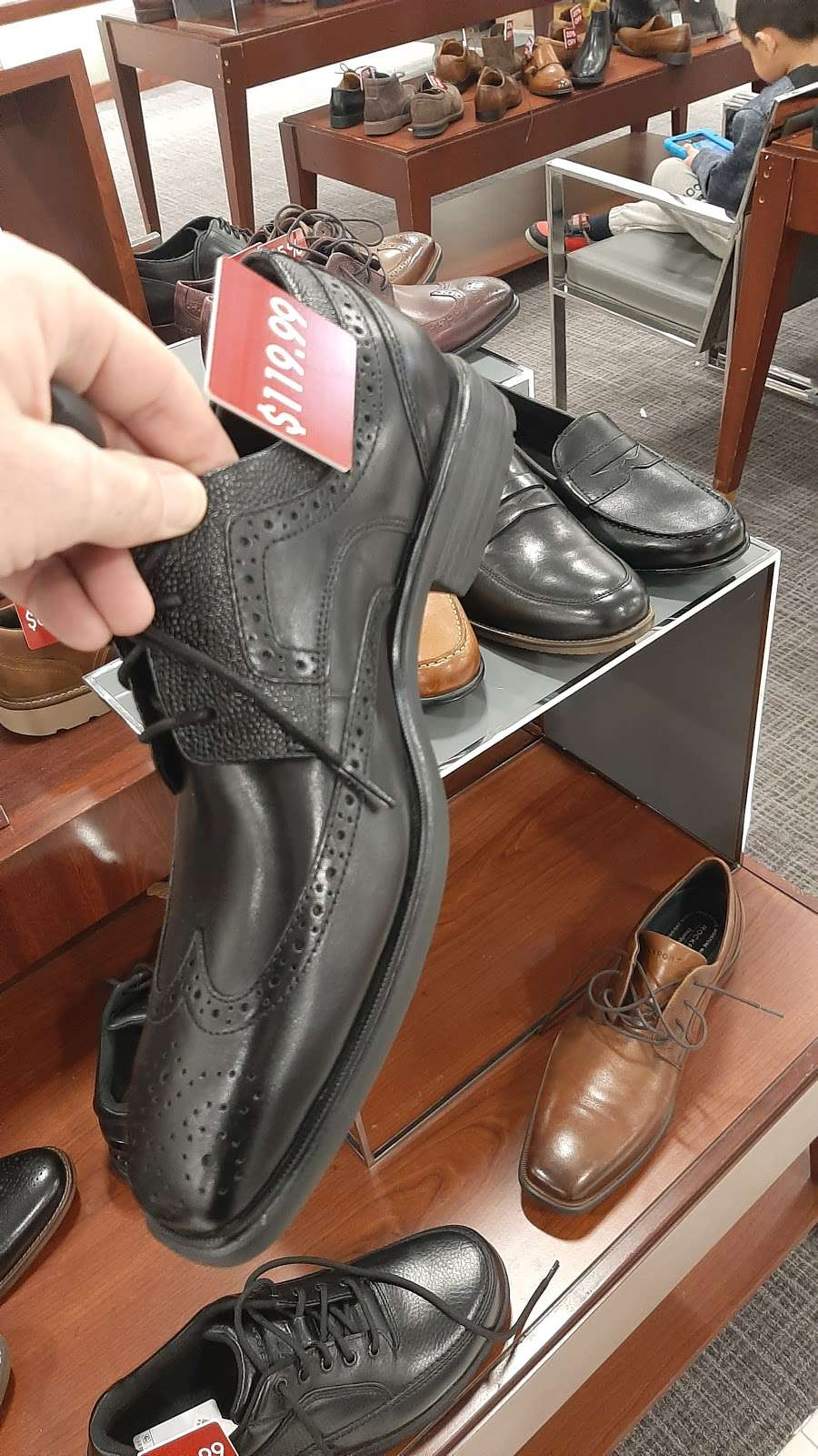 Macys Mens Store - clothing store  | Photo 7 of 9 | Address: 69 Green Acres Rd S, Valley Stream, NY 11581, USA | Phone: (516) 561-6100