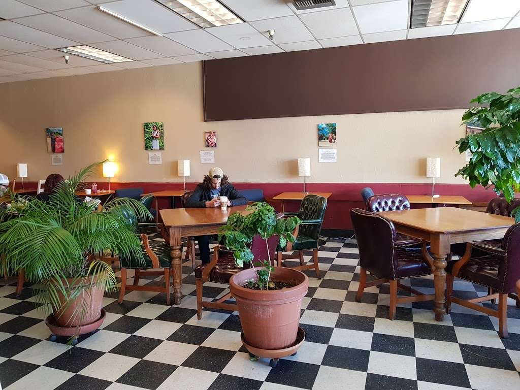 Mountain Roasting - cafe  | Photo 9 of 10 | Address: 6263 Graham Hill Rd, Felton, CA 95018, USA | Phone: (831) 335-9702