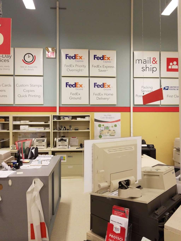 Office Depot - furniture store  | Photo 8 of 10 | Address: 4615 Garth Rd, Baytown, TX 77521, USA | Phone: (281) 837-8101