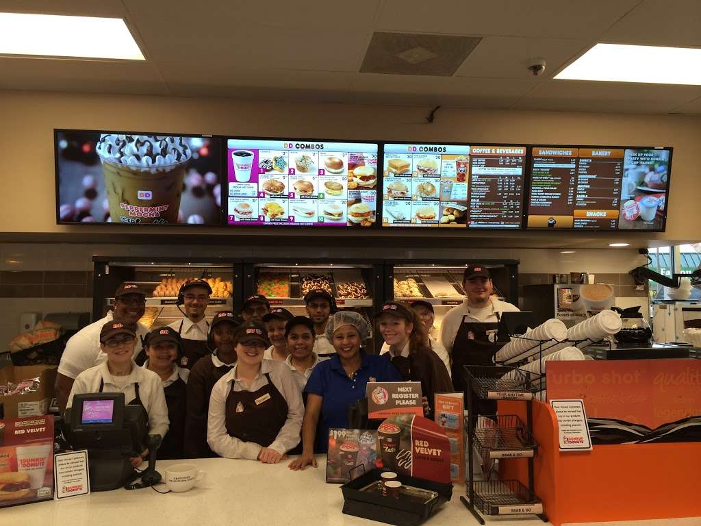 Dunkin Donuts - cafe    Photo 10 of 10   Address: 1427 Dual Hwy, Hagerstown, MD 21740, USA   Phone: (301) 393-3820