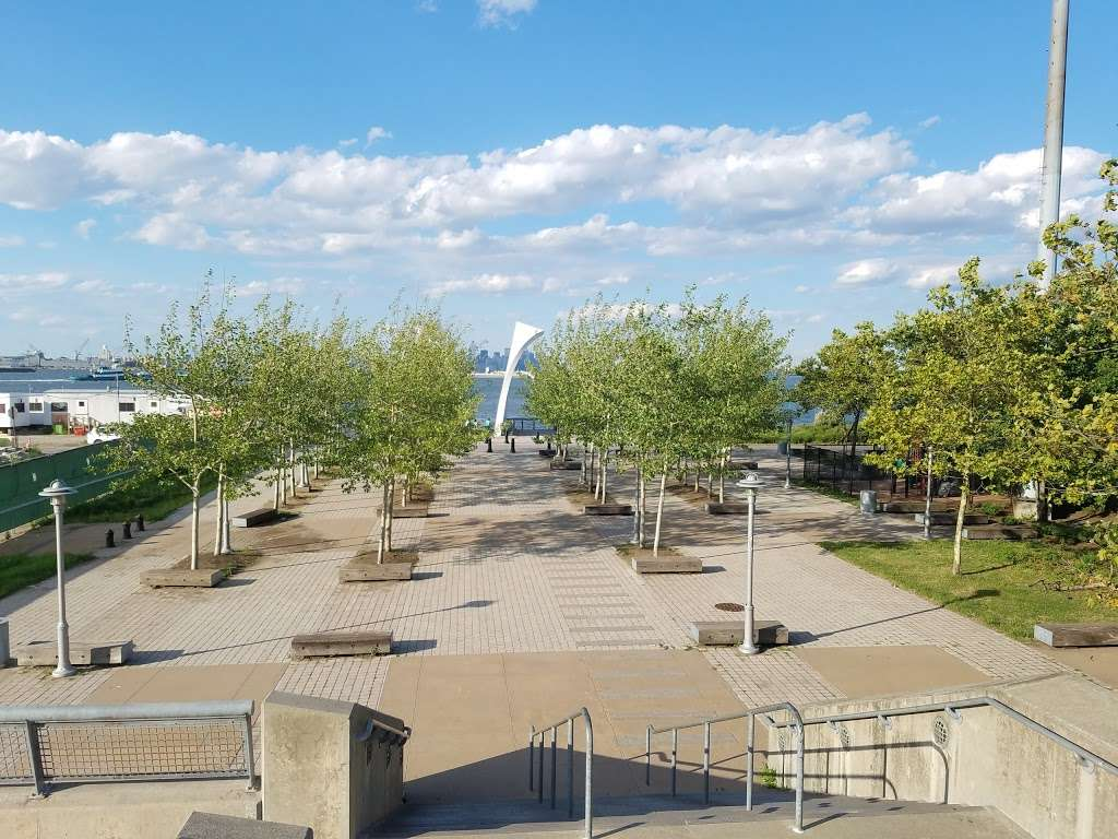 The Staten Island September 11th Memorial - park  | Photo 2 of 10 | Address: Bank Street, Staten Island, NY 10301, USA
