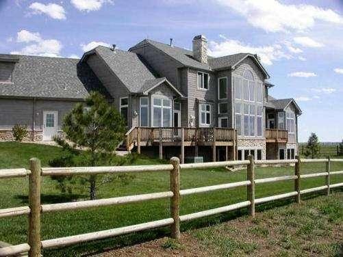 Temecula Valley Horse Property - real estate agency    Photo 8 of 10   Address: 40750 Carmelita Cir, Temecula, CA 92591, USA   Phone: (951) 966-1389