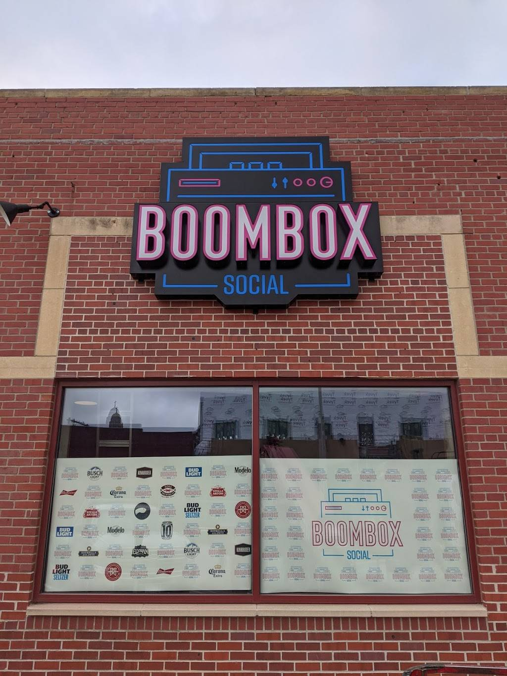 Boombox Social - meal takeaway    Photo 2 of 6   Address: 1630 P St, Lincoln, NE 68508, USA   Phone: (531) 500-3077