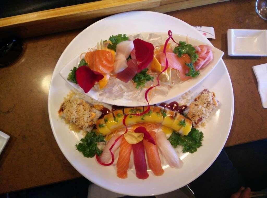 Sakamoto Japanese Grill and Sushi - restaurant  | Photo 5 of 10 | Address: 2984 US-34, Oswego, IL 60543, USA | Phone: (630) 554-2388