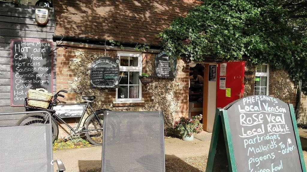 J T B Butchers - store  | Photo 3 of 4 | Address: Sandridgebury Ln, Sandridgebury Farm, St Albans AL3 6JB, UK | Phone: 01727 852152
