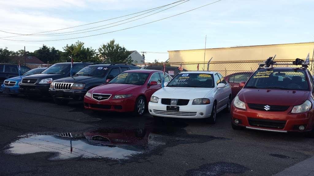 SB Auto Sales - car dealer  | Photo 5 of 10 | Address: 1355 Montauk Hwy, Copiague, NY 11726, USA | Phone: (631) 225-1405
