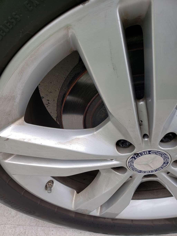 Ultra Sonic Inc - car wash  | Photo 5 of 10 | Address: 249-24 Jericho Turnpike, Bellerose, NY 11001, USA | Phone: (516) 502-2818