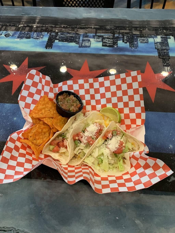 Rwingz - restaurant  | Photo 6 of 10 | Address: 18914 E San Tan Blvd, Queen Creek, AZ 85142, USA | Phone: (480) 774-6910