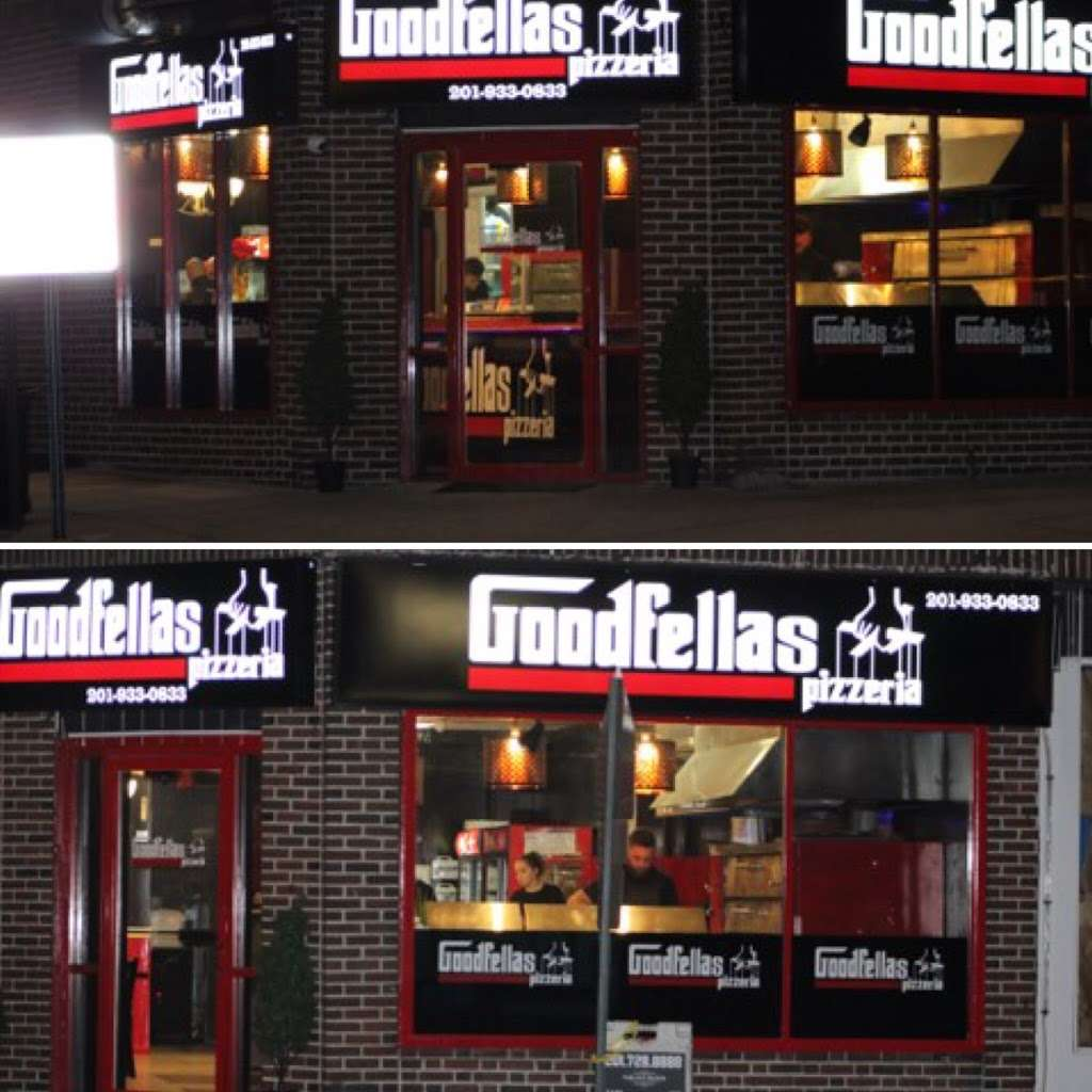 Goodfellas Pizzeria NJ - restaurant  | Photo 5 of 10 | Address: 255 Hackensack St, Wood-Ridge, NJ 07075, USA | Phone: (201) 933-0833