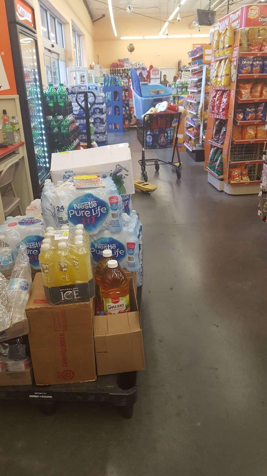 Family Dollar Christmas Hours.Family Dollar Supermarket 20836 Fl 520 Christmas Fl