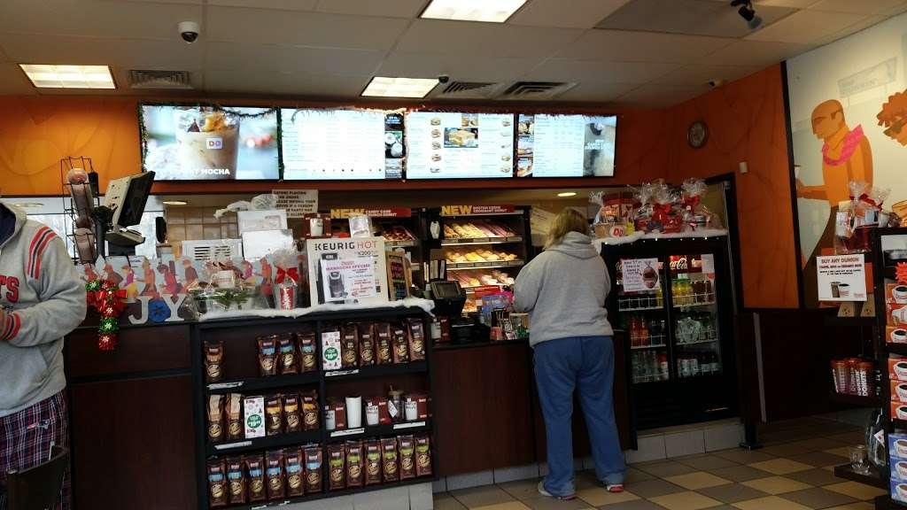 Dunkin - cafe  | Photo 3 of 10 | Address: 811 Bedford St, Whitman, MA 02382, USA | Phone: (781) 447-5197
