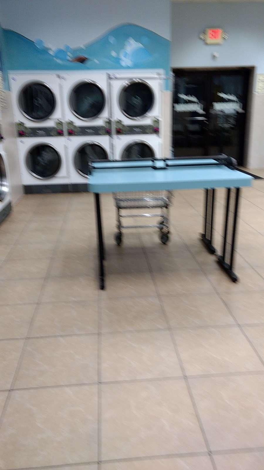 Arlington Laundromat - laundry  | Photo 5 of 5 | Address: 493 Ridge Rd, North Arlington, NJ 07031, USA | Phone: (201) 997-5757