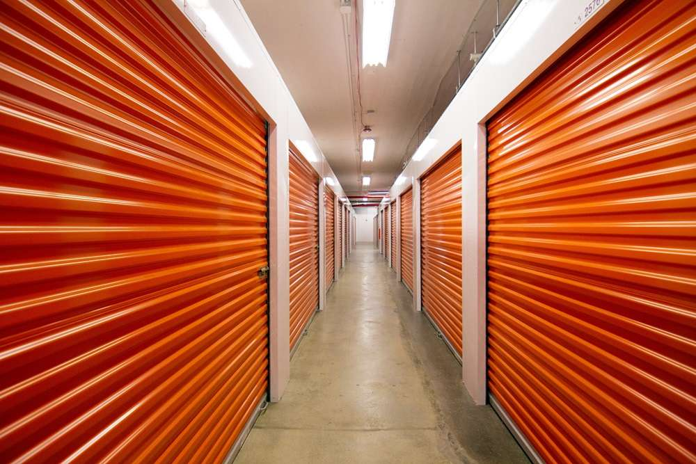 Public Storage - storage  | Photo 3 of 10 | Address: 385 Gerard Ave, Bronx, NY 10451, USA | Phone: (347) 767-5500