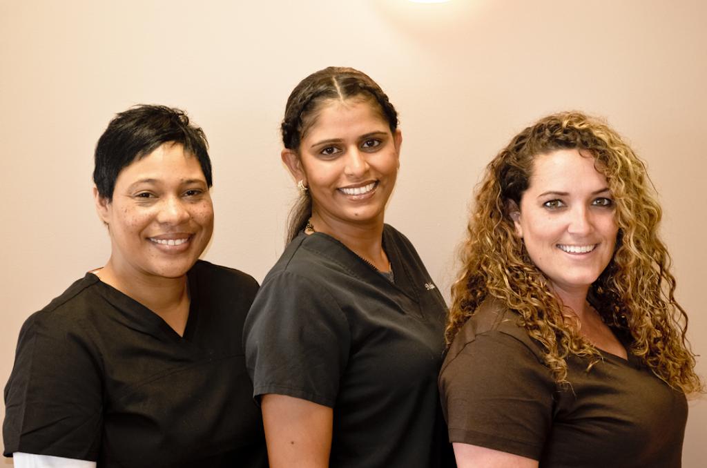 Urgent Dental Center & Family Dentistry - dentist  | Photo 7 of 10 | Address: 10409 E Washington St, Indianapolis, IN 46229, USA | Phone: (317) 399-5771