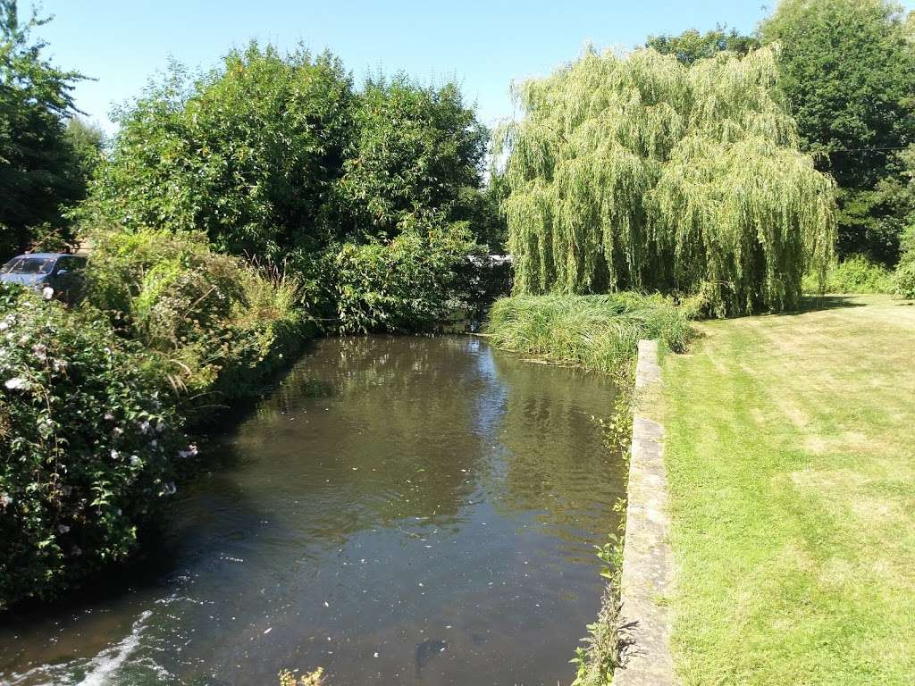 Deer Park - park  | Photo 2 of 10 | Address: 17 Tallents Cl, Sutton at Hone, Dartford DA4 9HS, UK