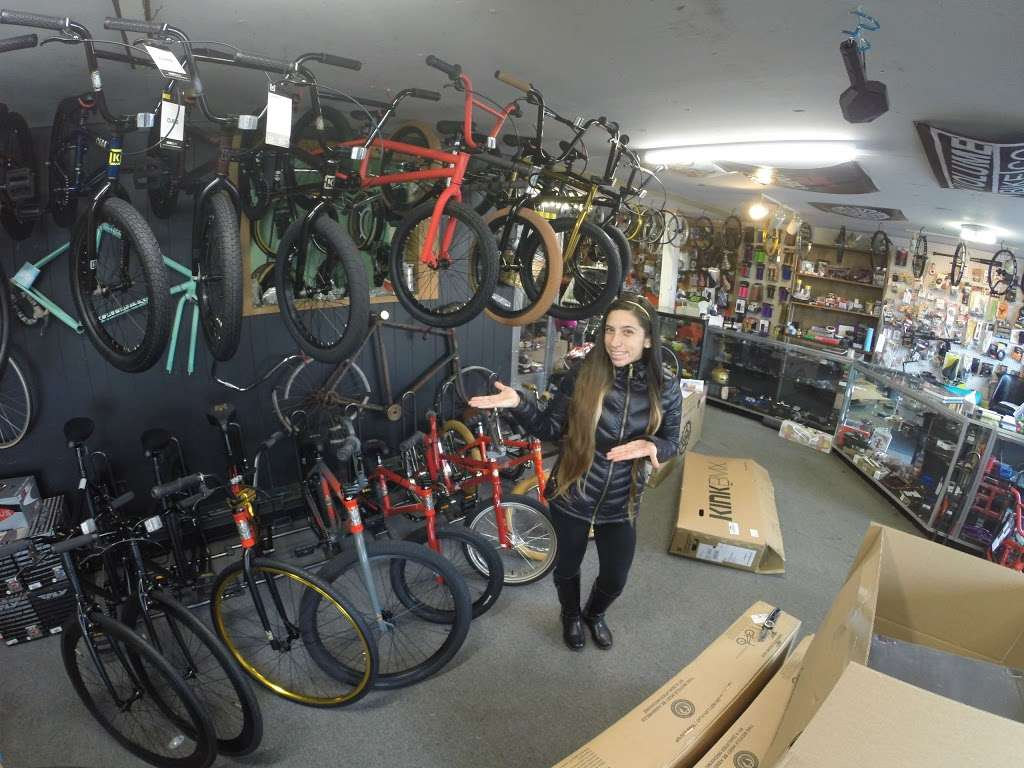 Chip-N-Dale BMX - bicycle store  | Photo 1 of 8 | Address: 1240 Monmouth Rd, Mt Holly, NJ 08060, USA | Phone: (609) 261-1981