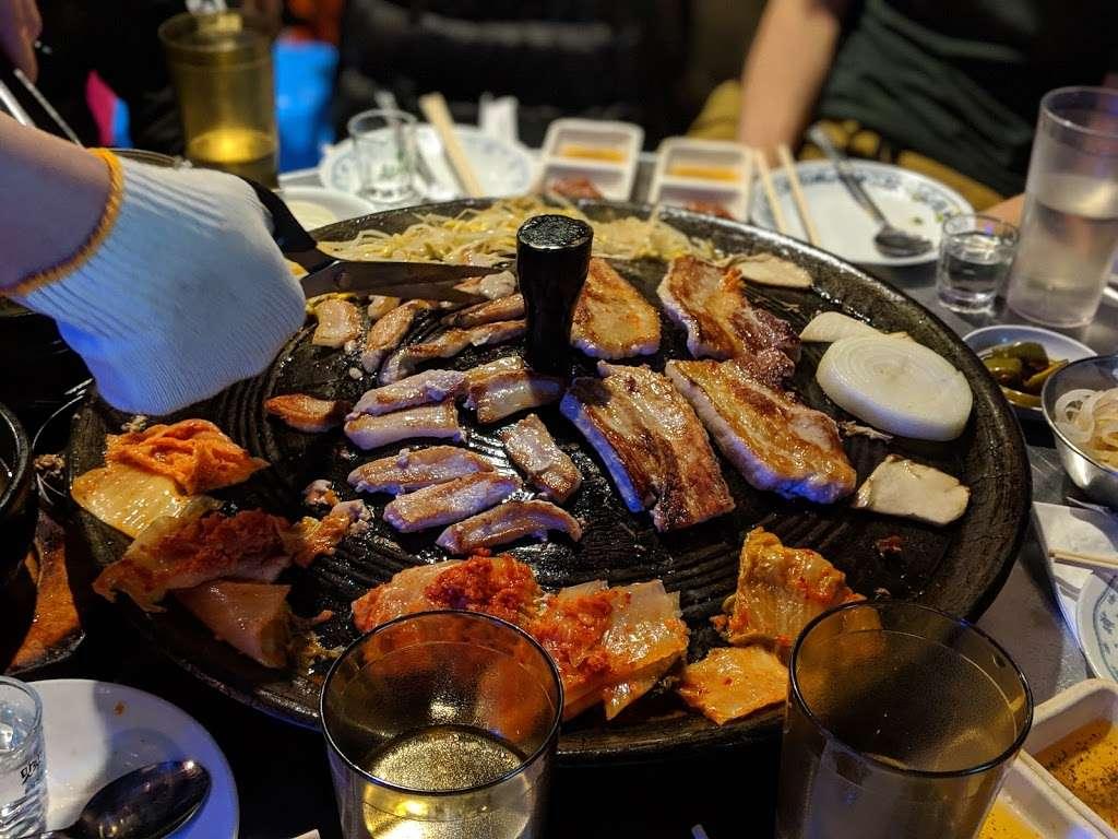 KangTong - restaurant  | Photo 7 of 10 | Address: 149-20 41st Ave, Flushing, NY 11355, USA | Phone: (718) 886-2737