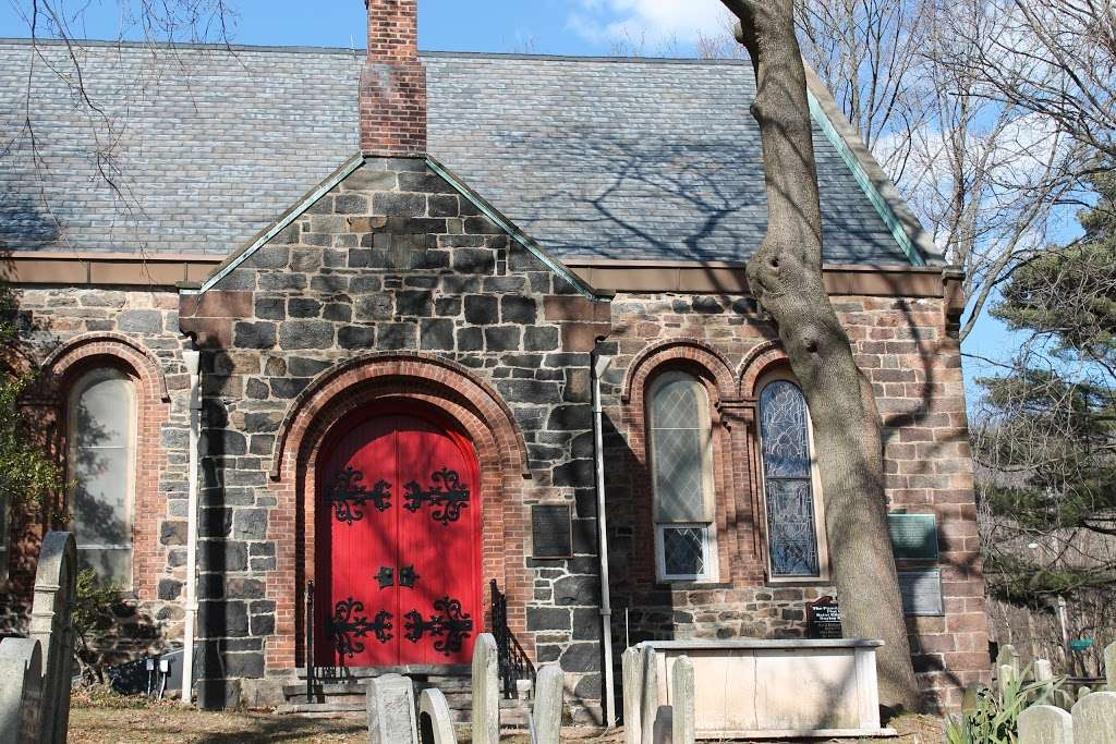 Church of St Andrew - church    Photo 2 of 10   Address: 40 Old Mill Rd, Staten Island, NY 10306, USA   Phone: (718) 351-0900