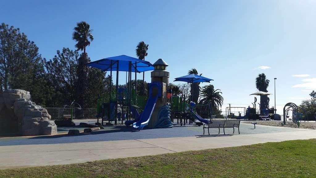 Bogdanovich Recreation Center - park  | Photo 6 of 10 | Address: 1920 Cumbre Dr, San Pedro, CA 90732, USA | Phone: (310) 548-7590