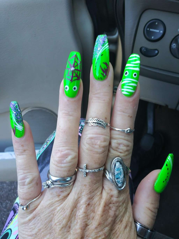 VIP Nails and Spa - spa    Photo 2 of 6   Address: 4713 E, FL-44, Wildwood, FL 34785, USA   Phone: (352) 661-3263
