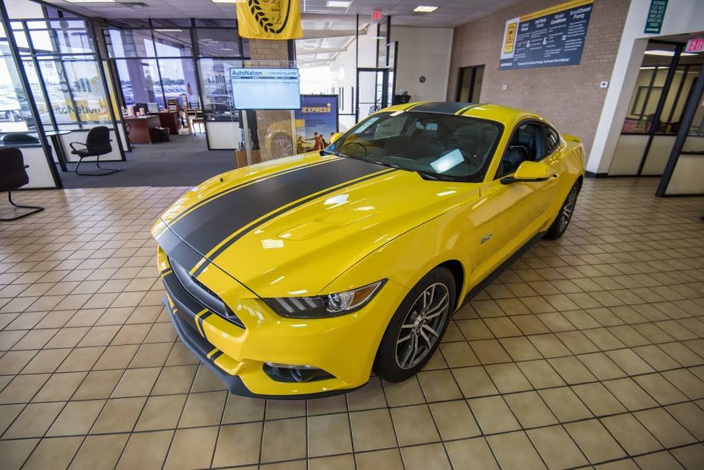 AutoNation Ford South Fort Worth - car dealer  | Photo 4 of 8 | Address: 5300 Campus Dr, Fort Worth, TX 76119, USA | Phone: (817) 522-3225