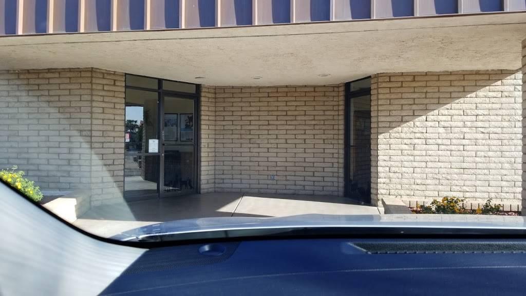 Anderson Animal Clinic - veterinary care  | Photo 8 of 10 | Address: 2650 W Baseline Rd, Mesa, AZ 85202, USA | Phone: (480) 838-3682