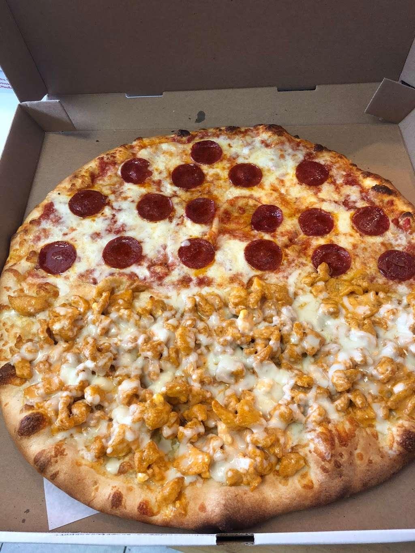 Goodfellas Pizzeria NJ - restaurant  | Photo 7 of 10 | Address: 255 Hackensack St, Wood-Ridge, NJ 07075, USA | Phone: (201) 933-0833