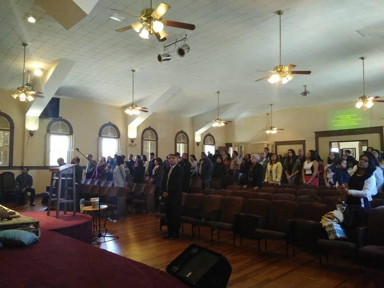 Iglesia Adventista Del Septimo Dia Central Hispana - church  | Photo 2 of 4 | Address: 2337 NW 19th St, Oklahoma City, OK 73107, USA | Phone: (817) 296-2888