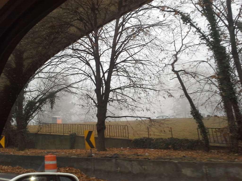 Ridgewood Reservoir - park    Photo 3 of 9   Address: Jackie Robinson Pkwy, Brooklyn, NY 11208, USA   Phone: (212) 639-9675