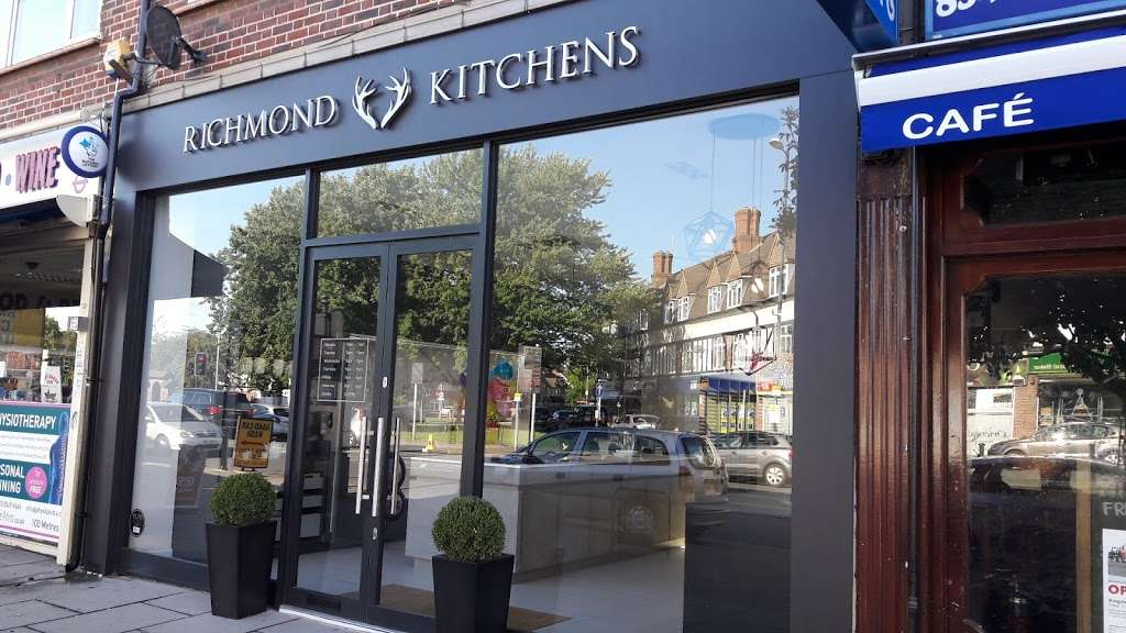 Richmond Kitchens (Kingston Branch) - furniture store  | Photo 2 of 10 | Address: 301 Richmond Rd, Kingston upon Thames KT2 5QU, UK | Phone: 020 8546 2744
