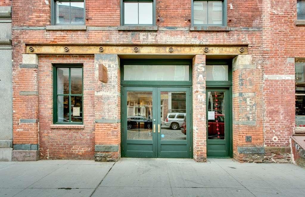 Barbalu - restaurant    Photo 4 of 10   Address: 225-227 Front St, New York, NY 10038, USA   Phone: (646) 918-6565