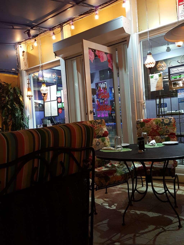 Patio Delray - restaurant    Photo 3 of 10   Address: 800 Palm Trail, Delray Beach, FL 33483, USA   Phone: (561) 279-0880
