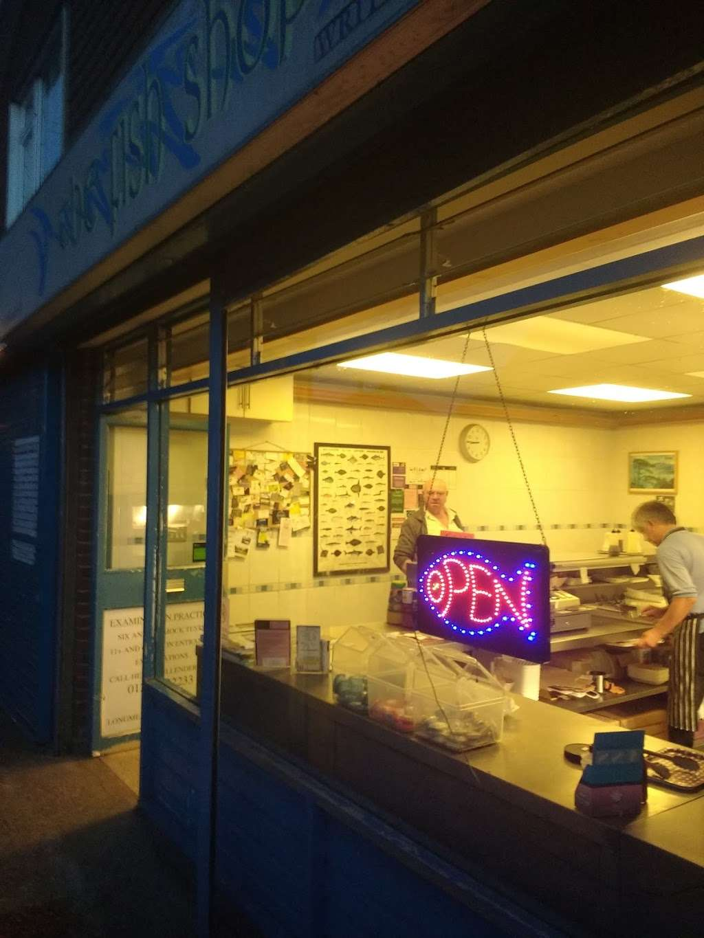 The Fish Shop - meal takeaway  | Photo 1 of 7 | Address: 7B Bridge St, Writtle, Chelmsford CM1 3EY, UK | Phone: 01245 420890