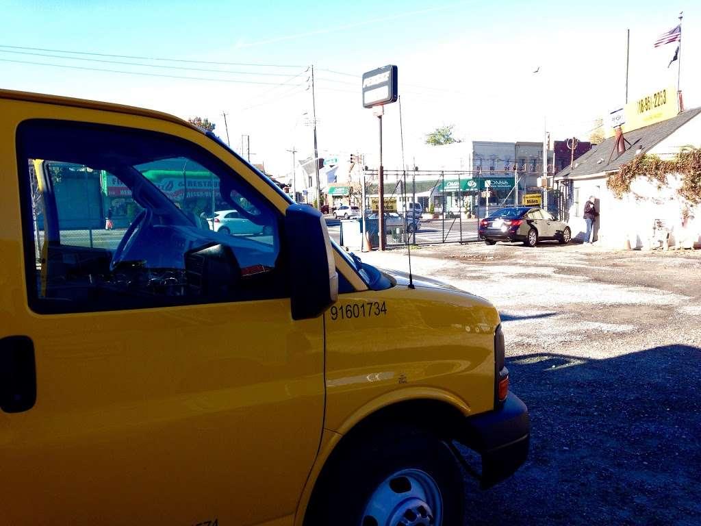 Penske Truck Rental - moving company  | Photo 9 of 10 | Address: 2131 Flatbush Ave, Brooklyn, NY 11234, USA | Phone: (718) 951-2253