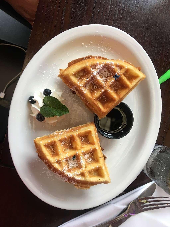 Sofrito - restaurant  | Photo 4 of 10 | Address: 679 Riverside Dr, New York, NY 10031, USA | Phone: (212) 754-5999