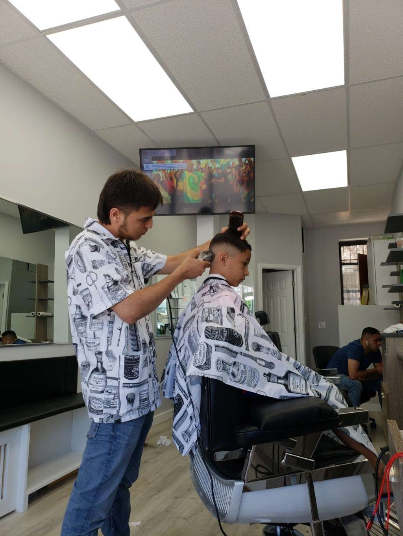 Grand Barbershop - hair care    Photo 6 of 10   Address: 66-10 Grand Ave, Maspeth, NY 11378, USA   Phone: (347) 361-6702