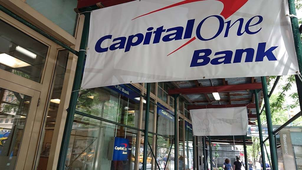 Capital One Bank - bank  | Photo 5 of 10 | Address: 1180 3rd Ave, New York, NY 10065, USA | Phone: (212) 744-6670