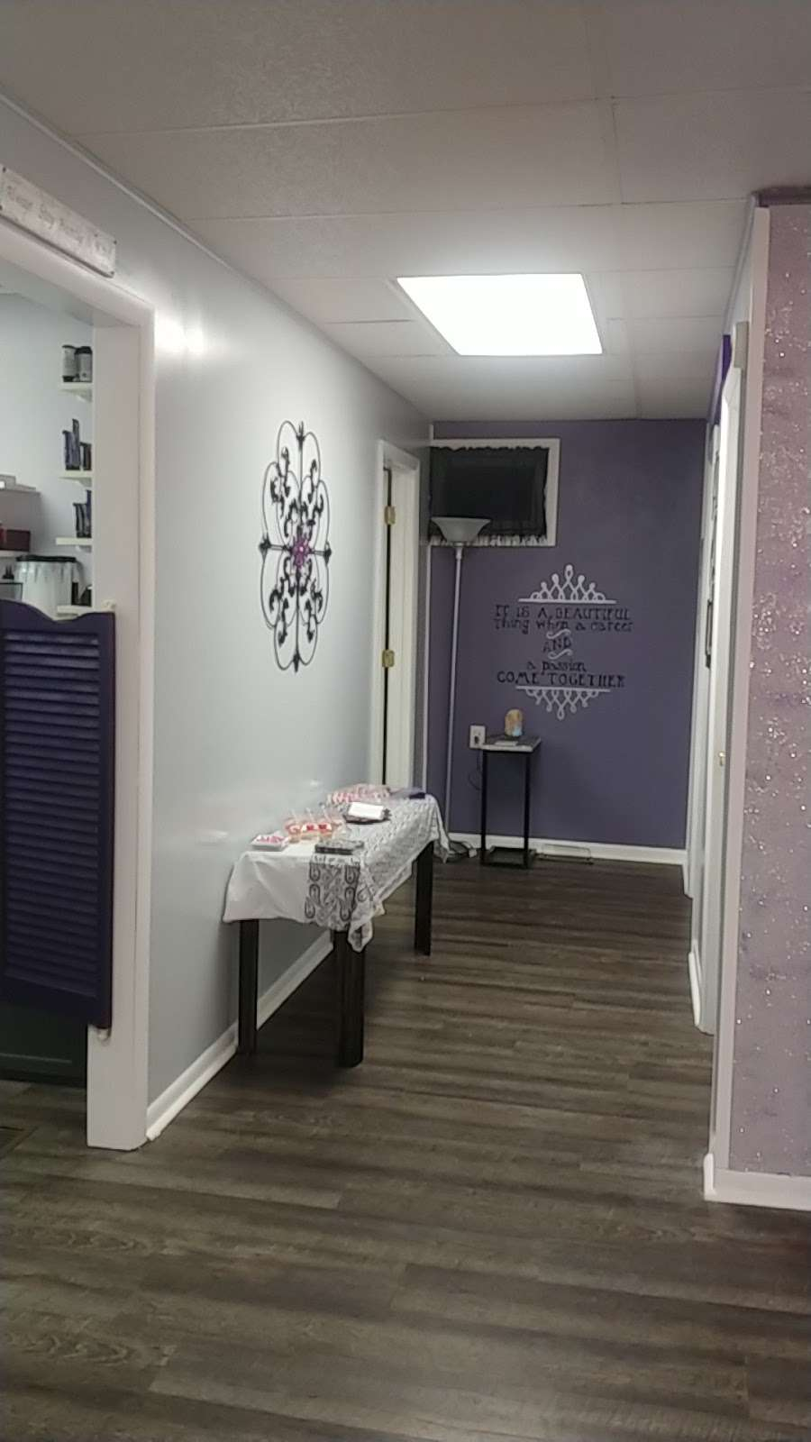 Salon 715 - hair care  | Photo 4 of 10 | Address: 715 N A St, Elwood, IN 46036, USA | Phone: (765) 552-9247
