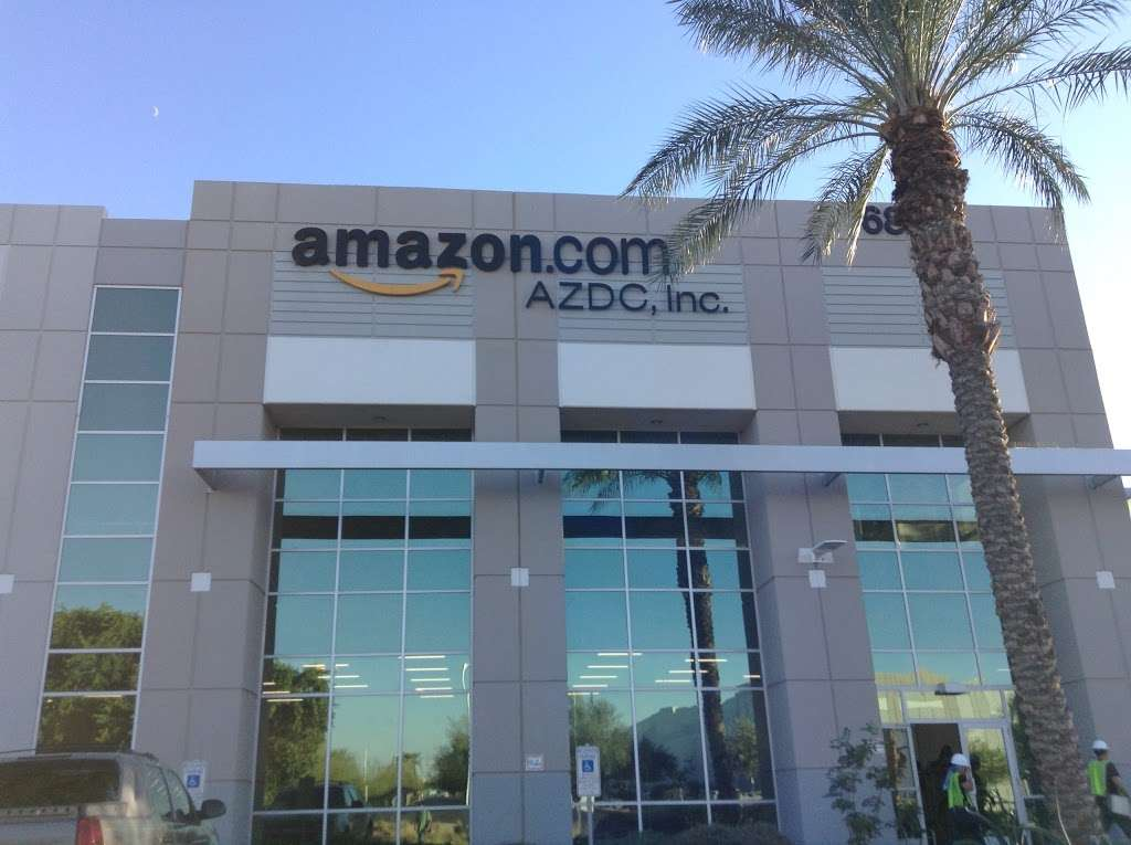 Amazon Fulfillment - PHX3 - storage  | Photo 1 of 10 | Address: 6835 W Buckeye Rd, Phoenix, AZ 85043, USA | Phone: (866) 203-8363