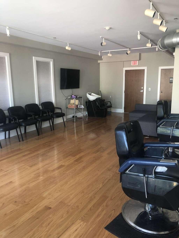 Lograssos Barbershop - hair care  | Photo 1 of 4 | Address: 1537, 331 W Broadway, South Boston, MA 02127, USA | Phone: (617) 765-8674