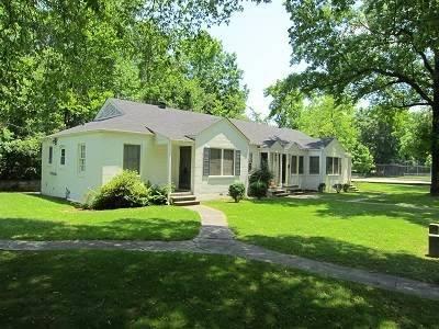 Renters Assist - real estate agency  | Photo 5 of 7 | Address: 1211 28th St S, Birmingham, AL 35205, USA | Phone: (205) 535-1735