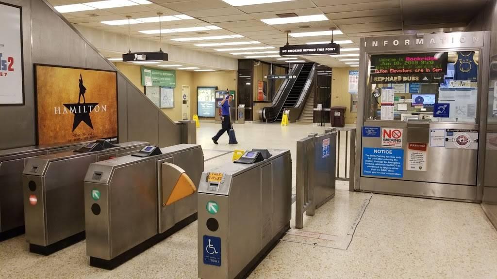 Rockridge Station - subway station    Photo 3 of 9   Address: 5660 College Ave, Oakland, CA 94618, USA   Phone: (510) 464-6000