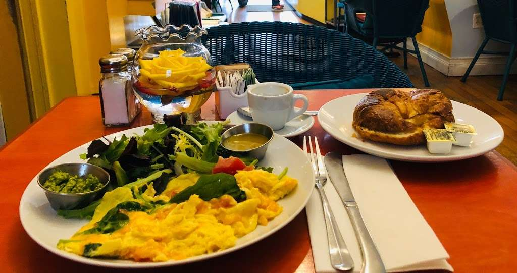 The Panorama Of My Silence-Heart Cafe - cafe  | Photo 6 of 10 | Address: 84-73 Parsons Blvd, Jamaica, NY 11432, USA | Phone: (718) 206-4960