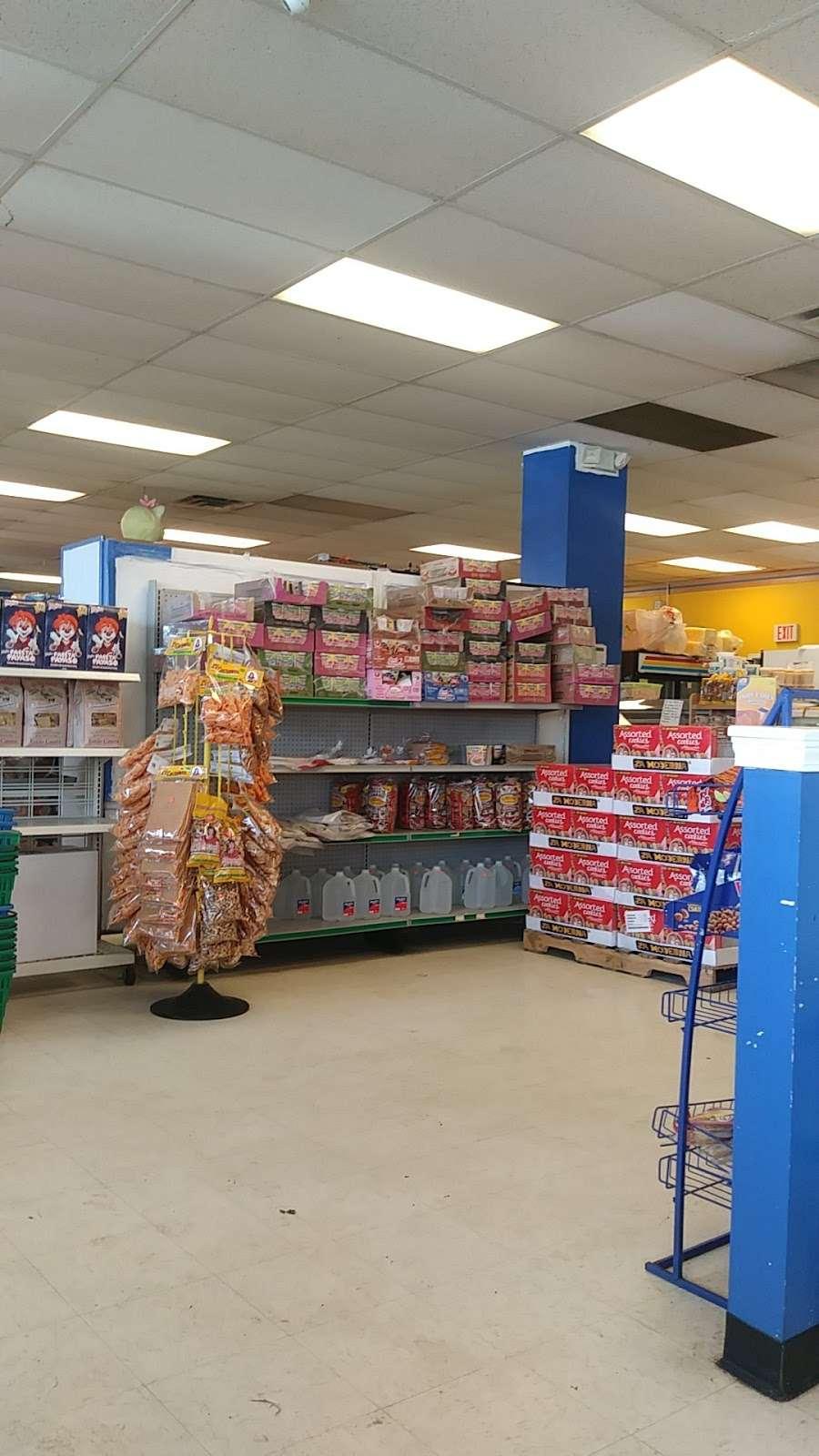Tienda y Panaderia Guatemalteca - store    Photo 1 of 10   Address: 3709 E Washington St, Indianapolis, IN 46201, USA   Phone: (317) 353-6377