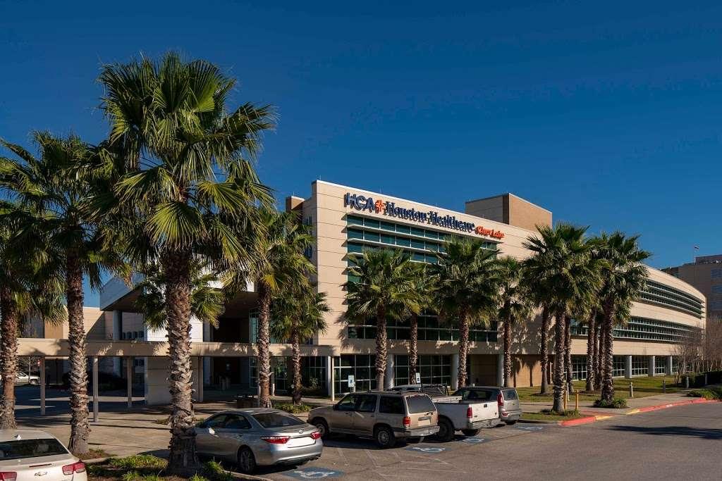 HCA Houston Healthcare Clear Lake - hospital    Photo 1 of 10   Address: 500 W. Medical Center Blvd, Webster, TX 77598, USA   Phone: (281) 332-2511
