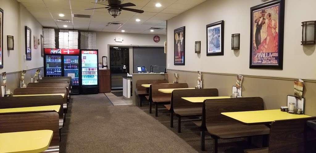 Olivieros pizzeria - restaurant  | Photo 6 of 10 | Address: 101 Park Ln, Douglassville, PA 19518, USA | Phone: (610) 385-0411