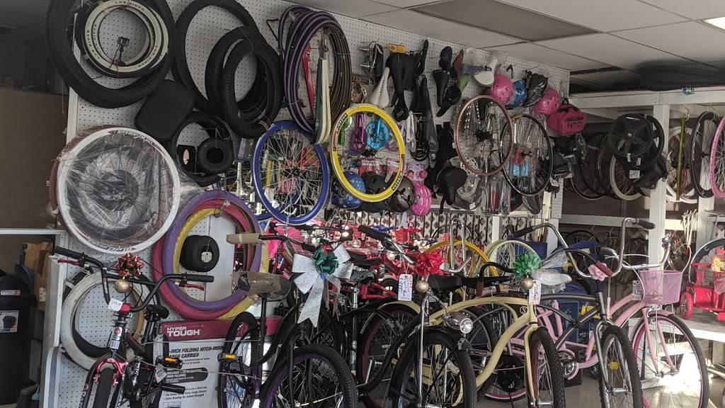 Long Beach Bike Shop - bicycle store    Photo 7 of 10   Address: 1701 Pacific Coast Hwy, Long Beach, CA 90806, USA   Phone: (562) 436-7447