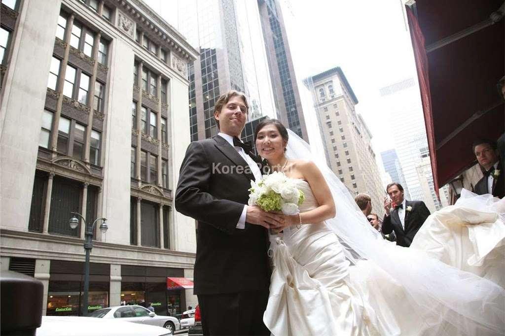 Tie The Knot Wedding House | Wedding Dresses, Wedding Shop, Wedd - clothing store  | Photo 6 of 9 | Address: 19 Sylvan Avenue. 2nd Floor, Englewood Cliffs, NJ 07632, USA | Phone: (201) 776-4409