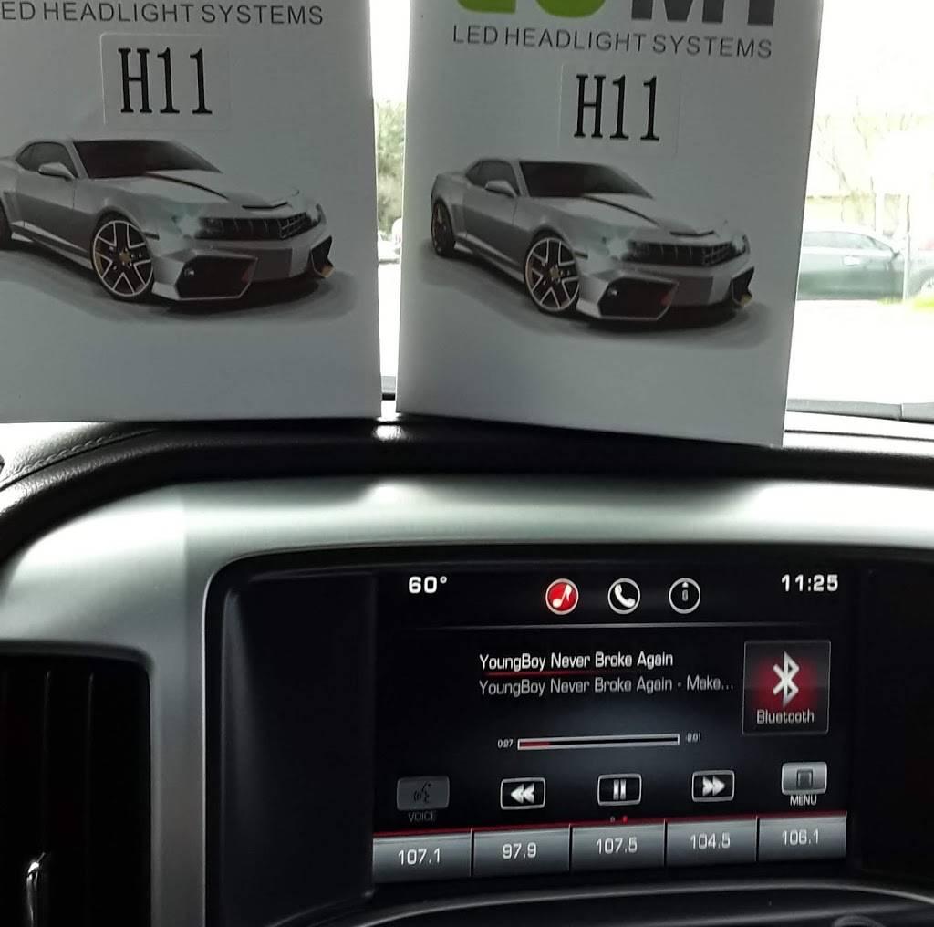 Car Audio Distributors - electronics store    Photo 2 of 6   Address: 5212 W Davis St, Dallas, TX 75211, USA   Phone: (214) 330-1717