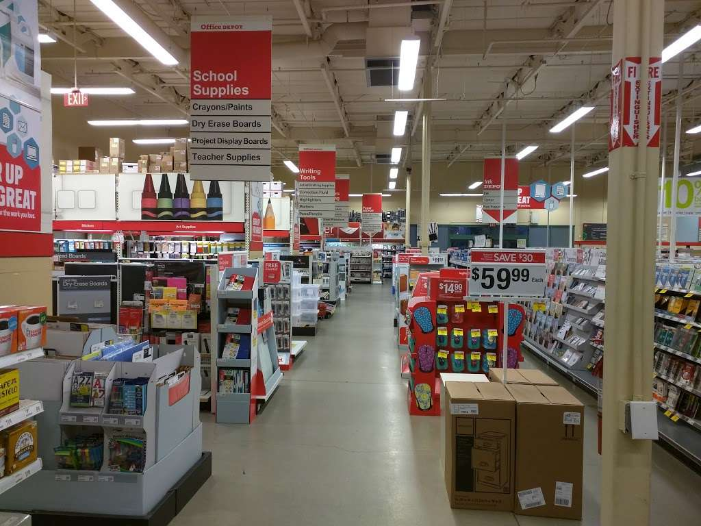 Office Depot - furniture store  | Photo 1 of 10 | Address: 1937 N Campus Ave, Upland, CA 91784, USA | Phone: (909) 949-1220